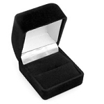 Small Flocked Black Ring Box